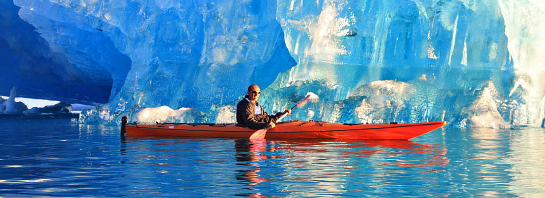 Grönland: Seekajakfahren zwischen Eisbergen