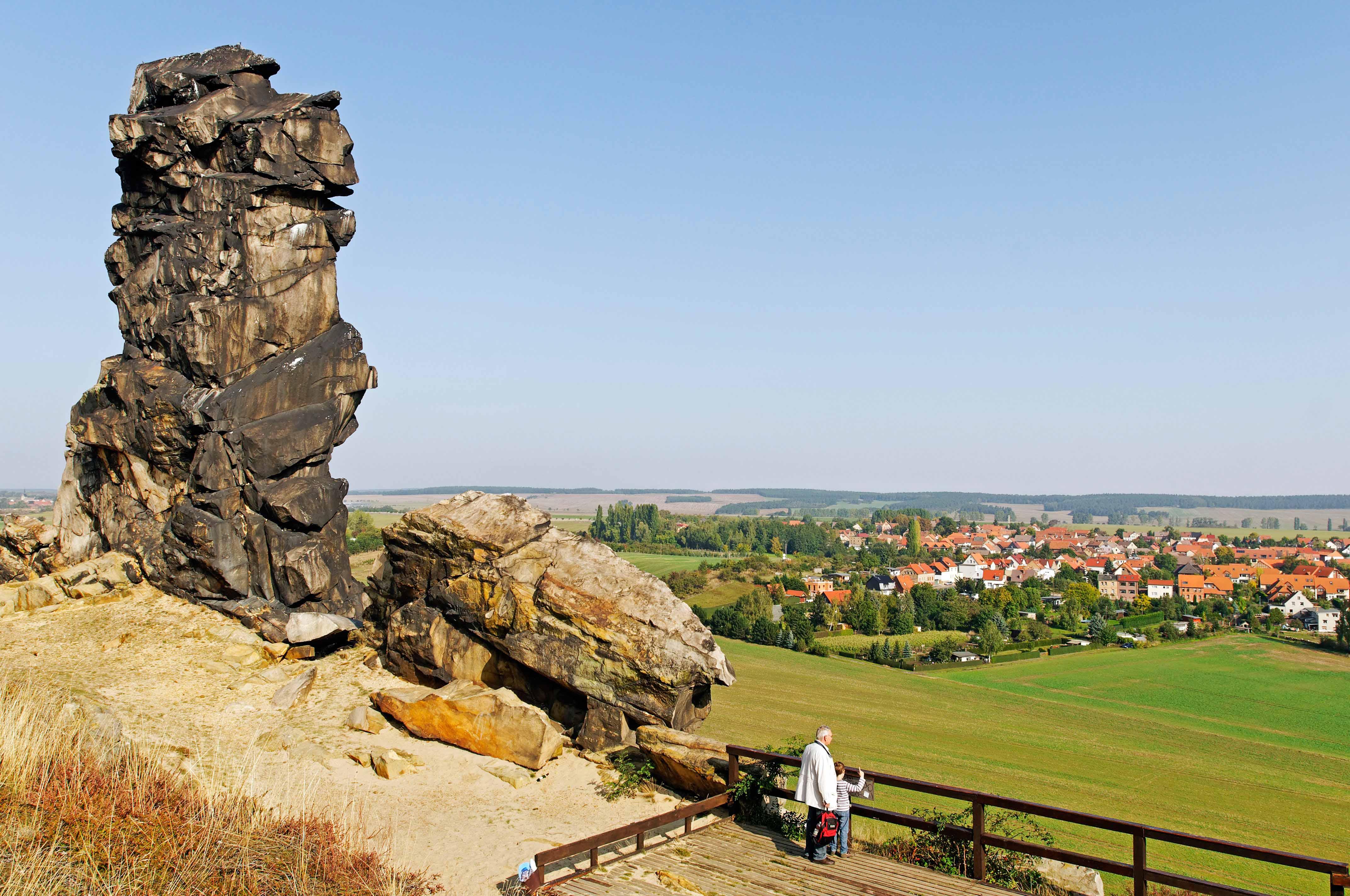 Foto: Oliver Gerhard, Naturschutzgebiet Teufelsmauer nahe Quedlinburg, Sachsen-Anhalt, Deutschland, Europa